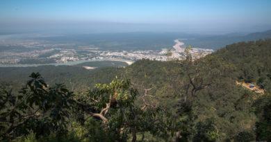 Долина Ганги. Ришикеш, Нил Кантх