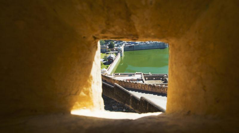 окно, Джаяпур
