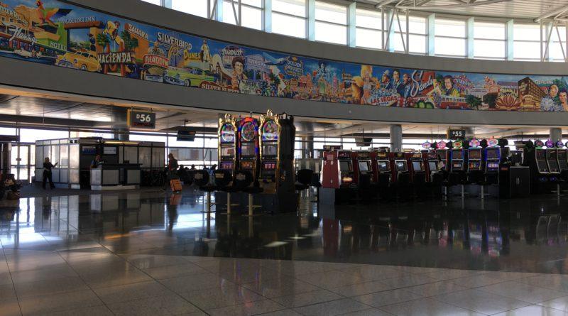 Лас Вегас, Аэропорт, игровые автоматы