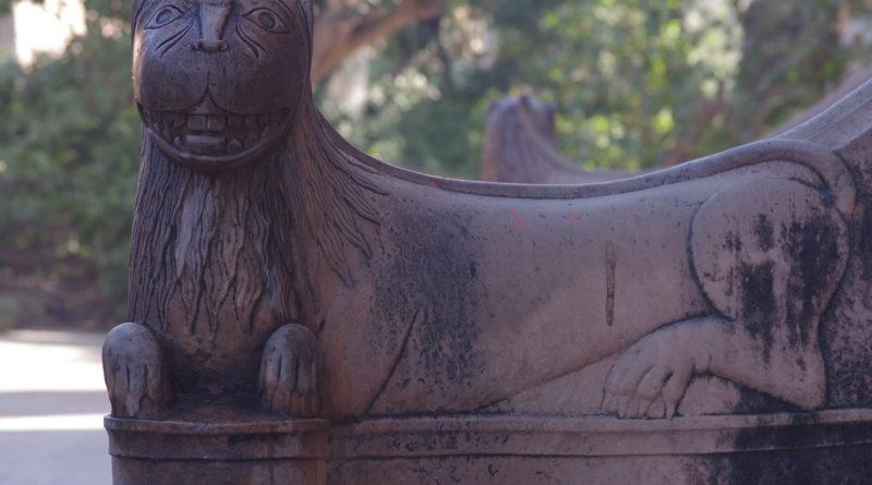 Статуя. Вриндаван. Индия
